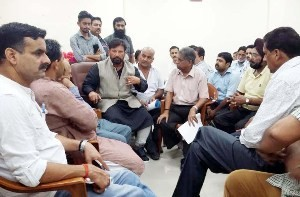 lal-singh-holds-public-darbar