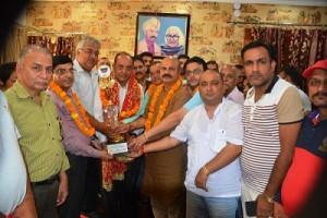 Lakhdata Bazar president felicitated (2)