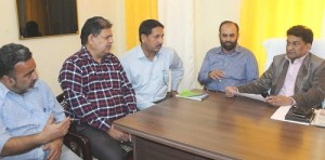 Balbir reviews recovery status of Jammu District (2)